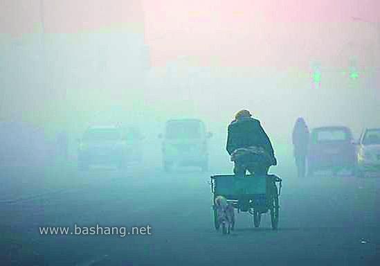 坝上张北县首遭雾霾袭击