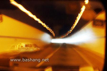 会路过几个隧道.jpg