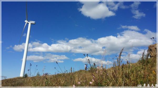 初秋,在草原天路